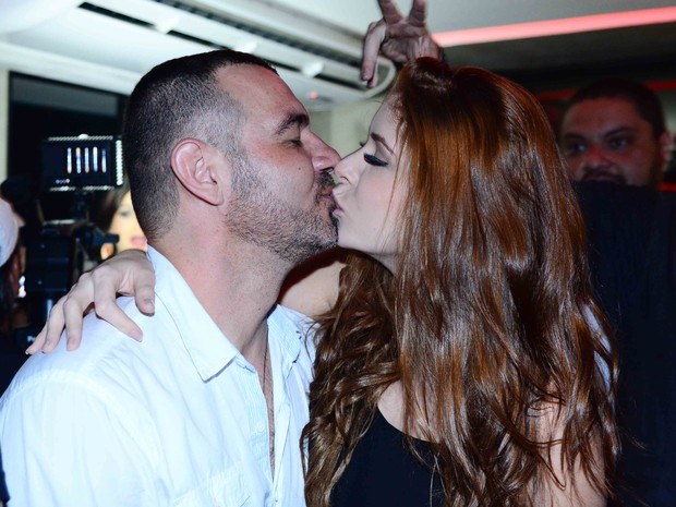 Ex-BBBs Amanda e Vagner em festa em São Paulo (Foto: Leo Franco/ Ag. News)