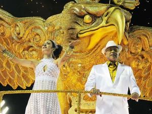 Com participação importante na vida cultural do Rio, a Portela tem torcedores ilustres como Monarco, Noca da Portela, Paulinho da Viola, entre muitos outros. Junto com a Deixa Falar e a Mangueira, faz a tríade das escolas fundadoras do carnaval carioca. (Foto: Alexandre Durão/G1)