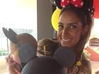 Flávia Sampaio comemora cinco meses do filho com festa do Mickey
