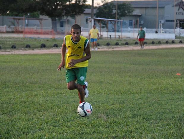 Léo Rocha, novo lateral-direito do Alecrim (Foto: Gabriel Peres/Divulgação)
