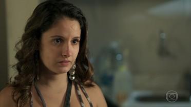 Nanda revela a Filipe que vai pedir demissão