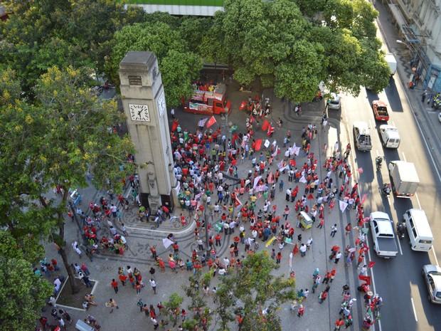 Protesto na Praça Costa Pereira, em Vitória (Foto: Mariana Carvalho/ G1)