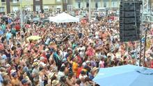 Galpão reúne mais de mil pessoas em gravação na Arena de Verão (Camila Rocha/RBS TV)