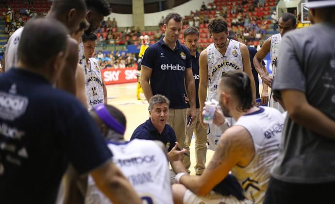 Guerrinha técnico Mogi das Cruzes basquete (Foto: Antonio Penedo/Mogi-Helbor)