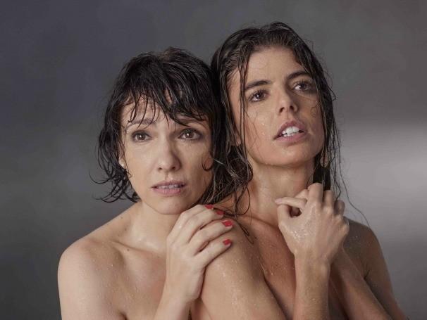 A montagem aponta questões ligadas ao amor, à opressão feminina, à religiosidade e às convenções sociais (Foto: Divulgação/Priscila Prade)