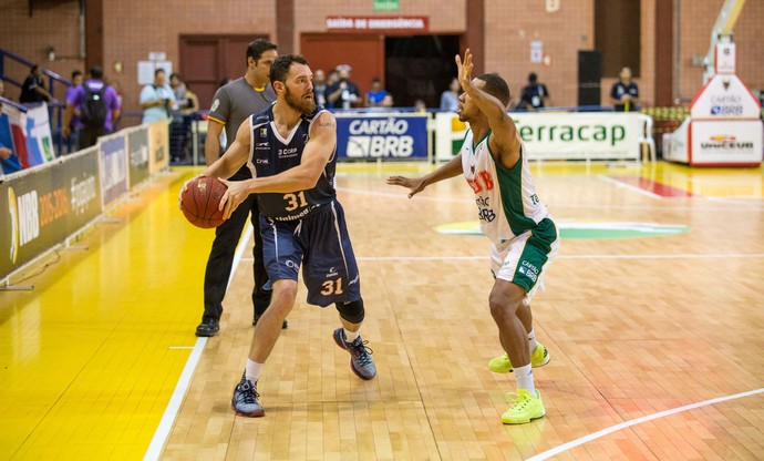 Brasília x Bauru Basquete, NBB 8 (Foto: Caio Casagrande / Bauru Basket)
