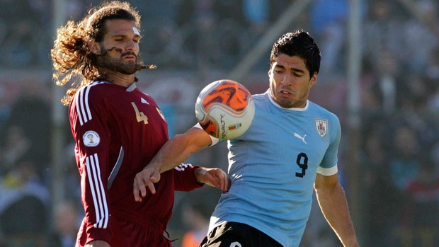 suarez vizcarrondo uruguai x venezula (Foto: Reuters)