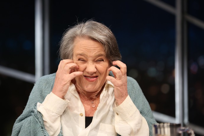 Selma Egrei mostra rugas de Encarnação (Foto: Carol Caminha/Gshow)
