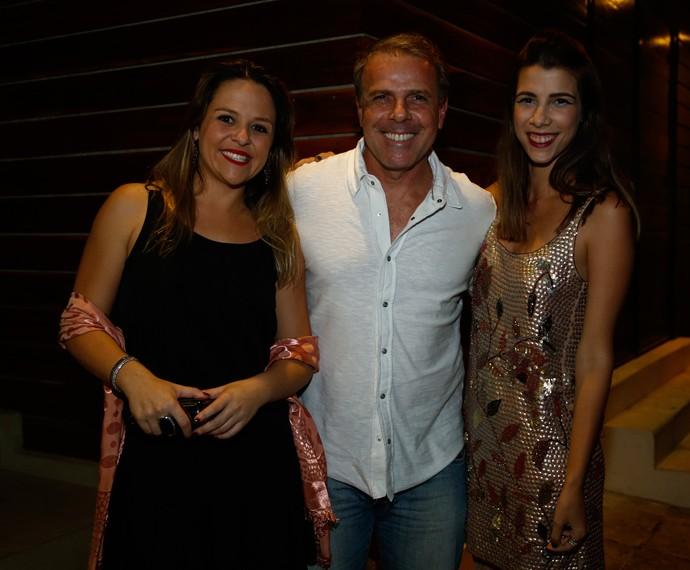 Acompanhado por sua equipe, o diretor Marcus Figueiredo também participou do evento (Foto: Raphael Dias/Gshow)
