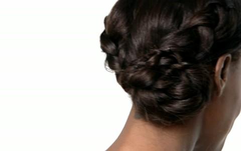 Coque ou trança: Pathy Dejesus ensina a unir os dois penteados em um só