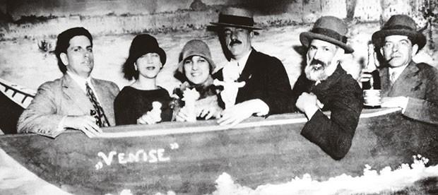 Oswald de Andrade, Tarsila do Amaral, Yvette Farkou, Fernand Lèger, Constantin Bräncusi (Foto: arquivo pessoal)