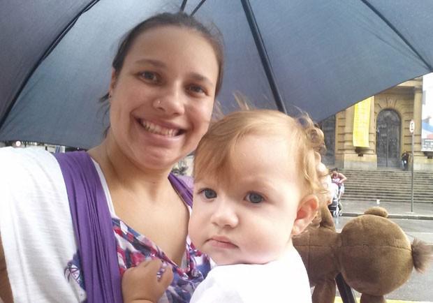 Alline Chaves desistiu da faculdade a um semestre de terminar. A entrada da filha dela, Heloísa, não foi permitida na universidade.  (Foto: Arquivo pessoal)