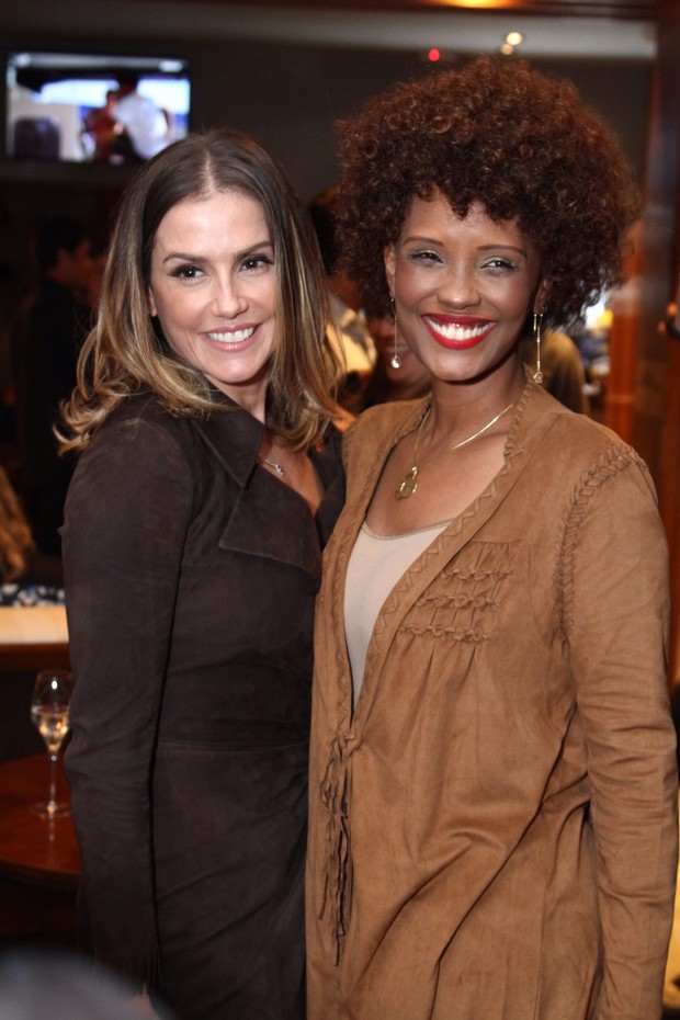 Deborah Secco e Isabel Fillardis (Foto: Anderson Borde/AgNews)
