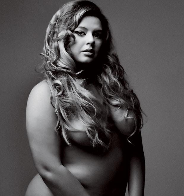 """""""Já fui magra e era insegura. Não mudaria meu corpo"""", afirma Sylvia (Foto: Márcio Scavone)"""