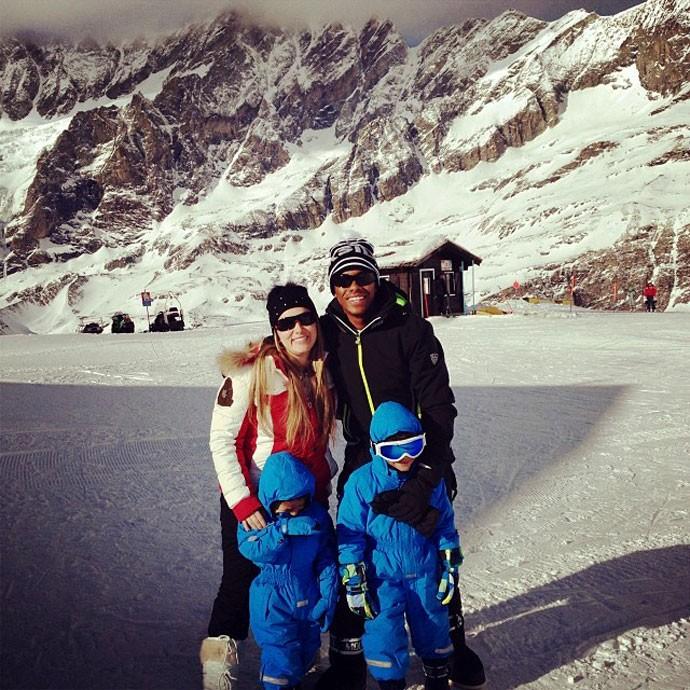 robinho na neve (Foto: Reprodução / Instagram)