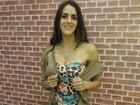 'Adoro dourado', dispara Luciana Paes sobre look para ensaio do 'Completão'