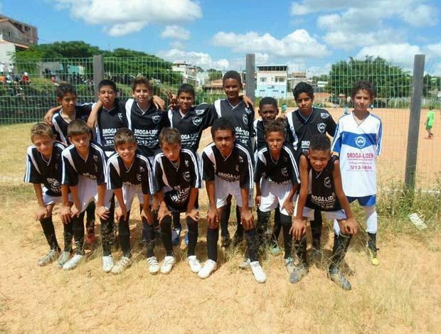 Escolinha de futebol Estrela de Minas em Divinópolis (Foto: Arquivo Pessoal / Helen Pereira Assumpção)