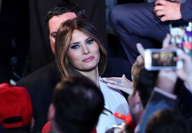 Melania Trump acompanha o marido Donald Trump após vitória nas eleições americanas (Foto: Mark Wilson/Getty Images)