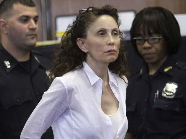 Foto de arquivo mostra Gigi Jordan, acusada de matar filho com problema de saúde em quarto de hotel de Nova York (Foto: AP Photo/Mary Altaffer, File)