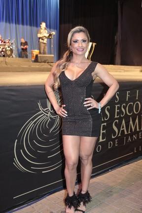 Dani Sperle em evento na Cidade do Samba, na Zona Portuária do Rio (Foto: Isac Luz/ EGO)