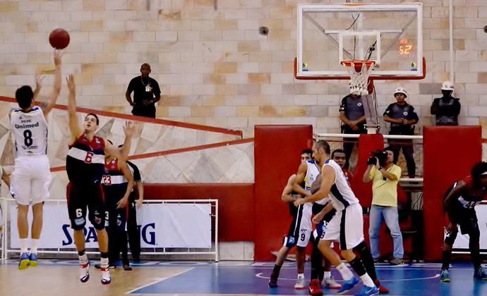 Dedé São José Basquete x Franca NBB (Foto: Arthur Marega Filho/São José Desportivo)