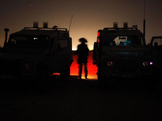 Militares israelenses reforçam a patrulha na Faixa de Gaza (Foto: Reuters//Amir Cohen)