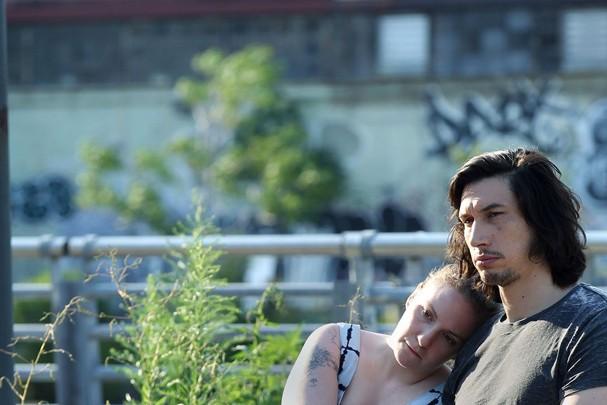 """Hannah e Adam em """"Girls"""": um exemplo da fragilidade das relações atuais (Foto: Divulgação)"""