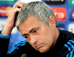 Jos&#233; Mourinho na coletiva do Real Madrid (Foto: AP)