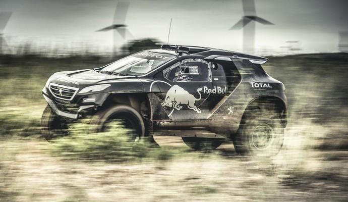 Novo carro da equipe Peugeot Sport agradou trio de pilotos no primeiro contato (Foto: Flavien Duhamel)