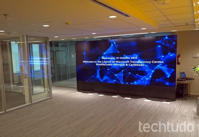 Sala principal do Centro de Transparência Microsoft em Brasília (Foto: Fabrício Vitorino / TechTudo)
