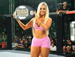 Aryane Steinkopf eleita ring girl do ano (Foto: Divulgação)