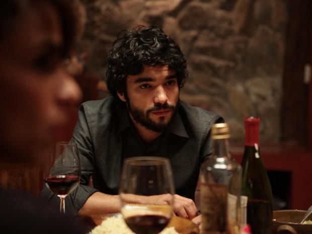 Caio Blat vive o personagem Felipe no filme 'Entre nós' (Foto: Divulgação)