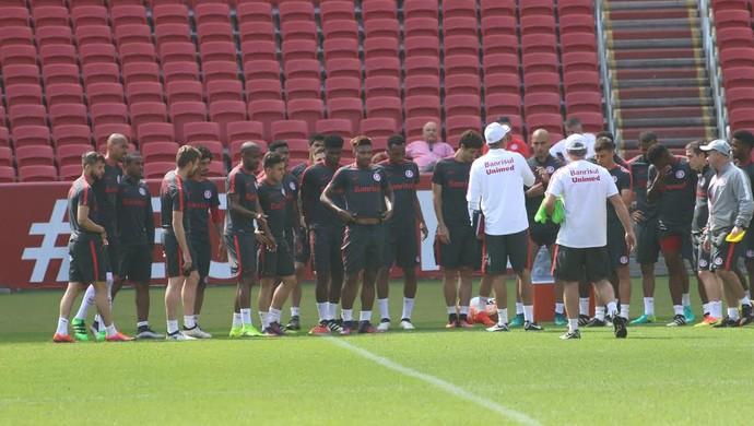 Inter, treino, Beira-Rio, Lisca, Corinthians (Foto: Tomás Hammes/GloboEsporte.com)