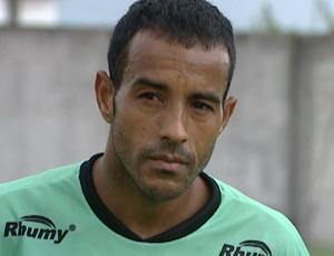 Paulo Matos, atacante do Estrela do Norte (Foto: Reprodução/TV Gazeta Sul)