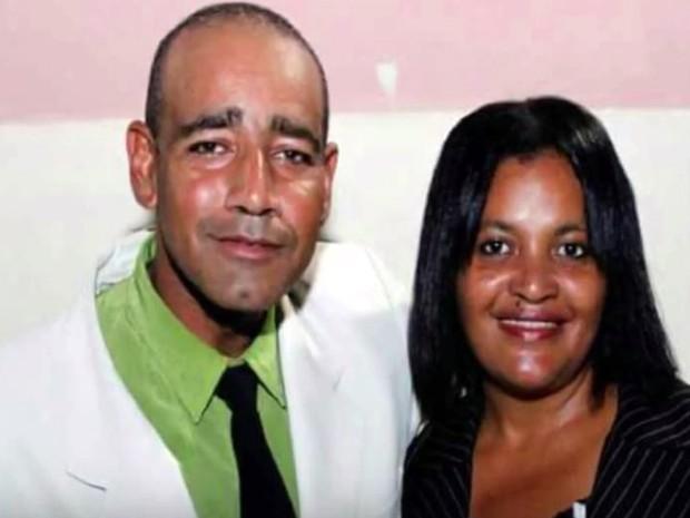 Pastor Gilberto Oliveira com a pastora Elaine Barros: ela foi encontrada mosta em canavial e marido é principal suspeito, segundo a polícia de Passos (Foto: Reprodução/EPTV)