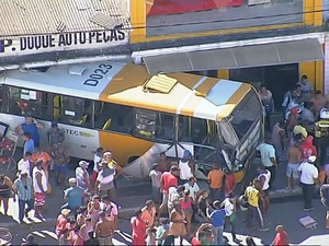 Acidente Periperi Bahia 3 (Foto: Reprodução/TV Bahia)