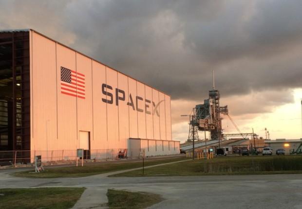Hangar SpaceX (Foto: Divulgação SpaceX)