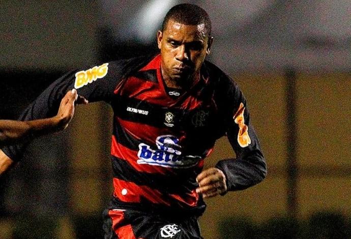 Álvaro Flamengo zagueiro Guarani-MG (Foto: Agência Estado)