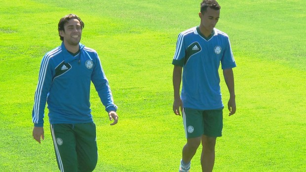 Valdivia Palmeiras Treino (Foto: Marcelo Hazan)