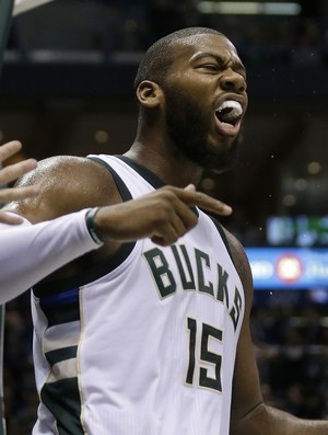 Greg Monroe comemora vitória sobre os Warriors (Foto: Getty Images)