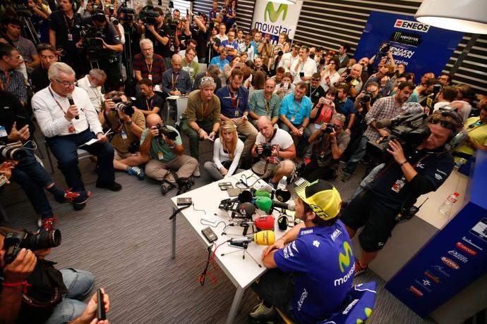 Valentino Rossi em coletiva do GP de Valência de MotoGP (Foto: Divulgação)