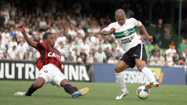 Alex Coritiba 2 x 1 Atlético-PR (Foto: Divulgação / Site oficial do Coritiba)