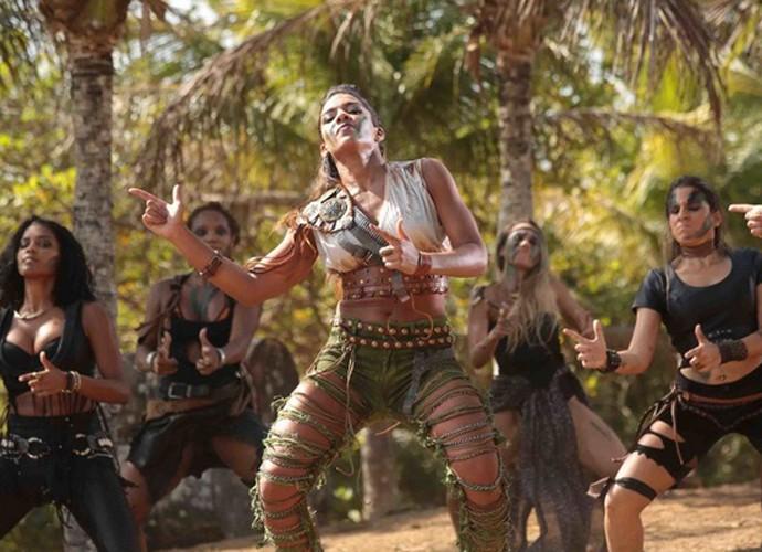 Tays Reis dança no clipe da música (Foto: Arquivo Pessoal)