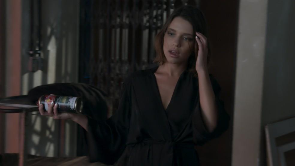 Cibele (Bruna Linzmeyer) prepara vingança contra o ex (Foto: Reprodução / TV Globo)