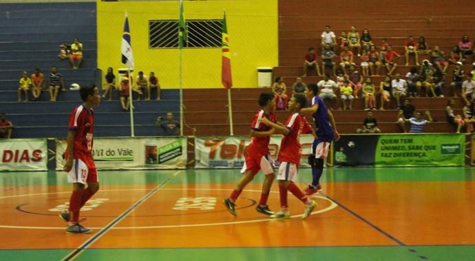 Iracy Nunes comemora mais uma vitória (Foto: Amanda Lima)