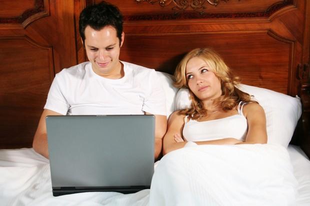 Facebook é mais tentador do que cigarro e sexo, diz estudo (Foto: Shutterstock)