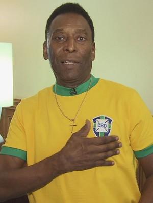 Pelé, camisa da seleção brasileira (Foto: Reprodução / TV Tribuna)