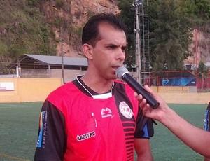 Árbitro Ronei Cândido Alves (Foto: Divulgação/FMF)