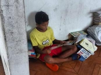 Financiamento coletivo arrecada verba para criação de biblioteca  (Alécio Fernandes/G1/Divulgação)