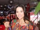 Fernanda Machado vai com namorado a Feijoada do Amaral